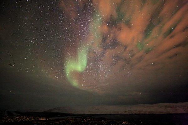http://spaceweather.com/aurora/images2008/30nov08/Sylvain-Serre1.jpg?PHPSESSID=kb0ihiqcbfh9u63tuaci1t1ee0