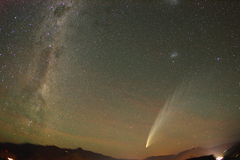 Spaceweather Com Comet Mcnaught C 2006 P1