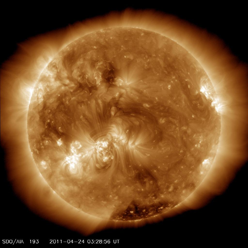 Here comes the SUN. - Page 5 Coronalhole_sdo_blank