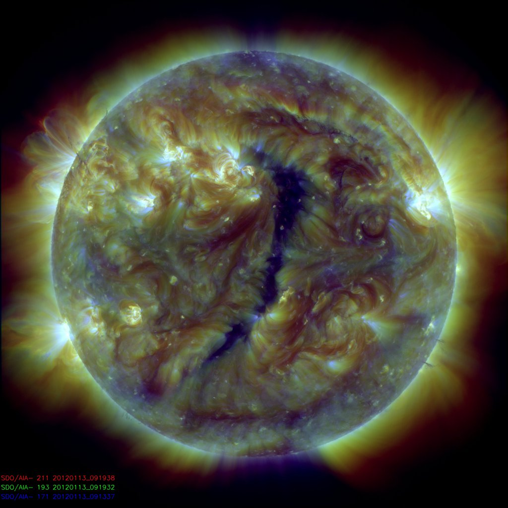 http://spaceweather.com/images2012/14jan12/coronalhole.jpg?PHPSESSID=i02bbaluuo8v0ss9l55pvd10c0
