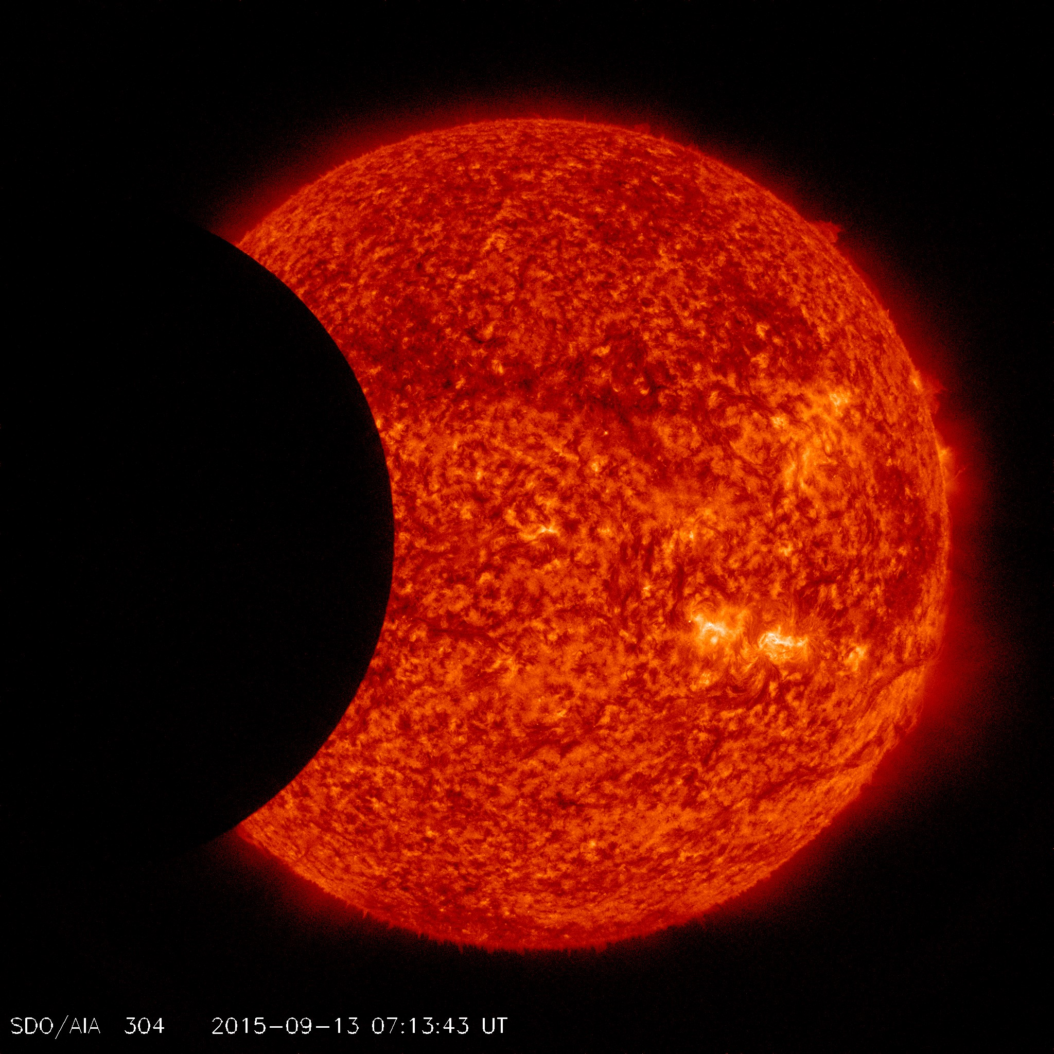 http://spaceweather.com/images2015/13sep15/sdo2.jpg?PHPSESSID=mo2jb4ncl0ccgh4l3fl0j7to41