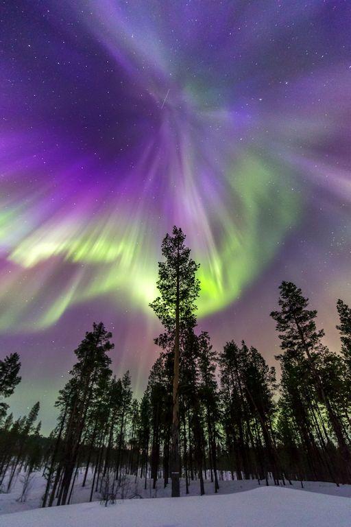 http://spaceweather.com/images2015/18mar15/kiruna_strip.jpg